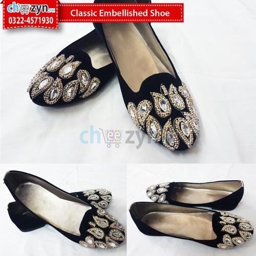 Classic Embellished Shoe