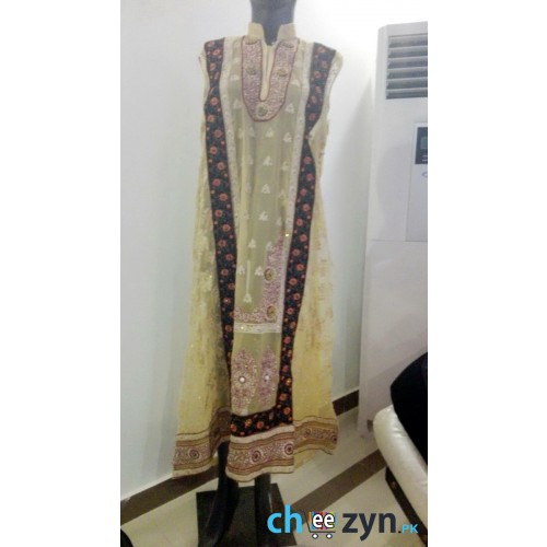 4 Piece Chiffon Embroidered Beige Suit