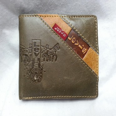 Levi's Pure Leather Wallet