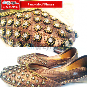 Fancy Motif Khussa